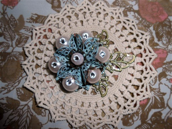 metal filigree flower embellishment for butterbeescraps