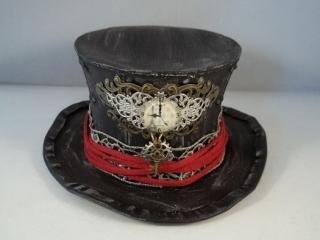 steampunk mini top hats by butterbeescraps