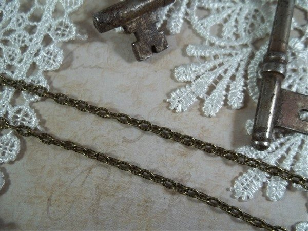 bronze cable chain by butterbeescraps