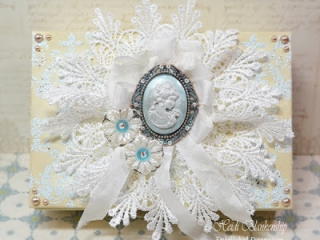 altered cameo box for butterbeescraps