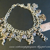 heart charm bracelet for butterbeescraps