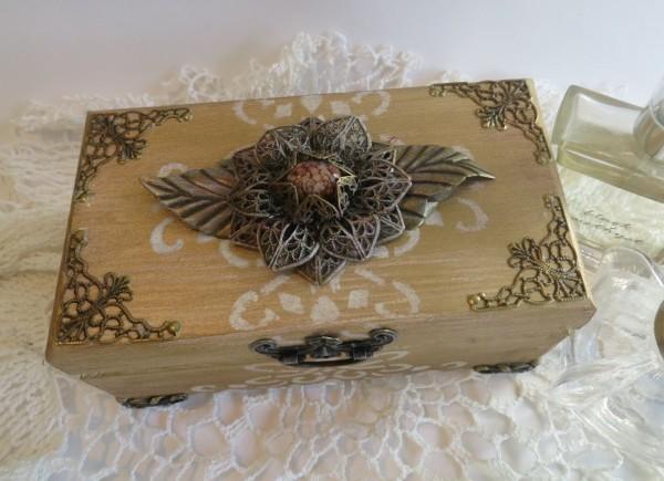 altered memory box metal filigree embellishments butterbeescraps