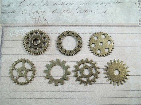medium bronze gear charms