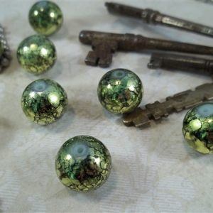 green round glass beads by butterbeescraps