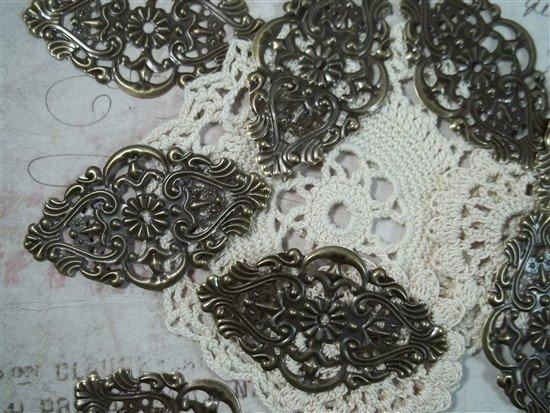 bronze metal filigree embellishments 083-b