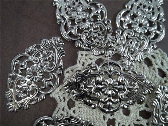 silver metal filigree embellishments 083-p