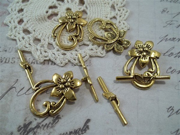 gold floral toggle clasps