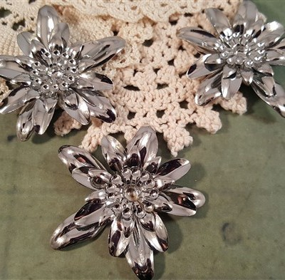 silver dimensional flower metal filigree embellishments