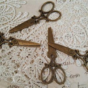 large bronze scissor tibetan charms