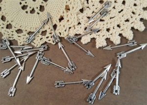small silver arrow charms